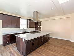 Kitchen, 13800 Cordary Ave 4, 0