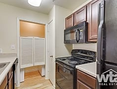 Kitchen, 575 E Torrey St, 0