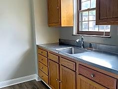 Kitchen, 5531 Hamilton Ave, 0