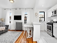 29-07 35th Ave 2, 0