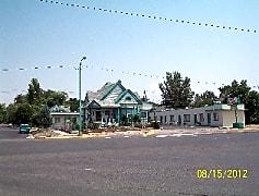 702 Main St, 0