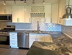 Kitchen, 7235 Beacon Hill Dr, 0