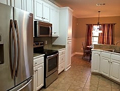 Kitchen, like new stainless steel appliances