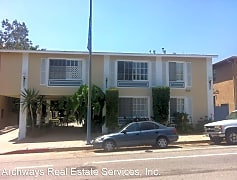 Building, 5921 Monterey Rd, 0