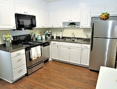 Kitchen, Colonial Townhouse Apartments, 0