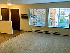 Living Room, 4601-4641 N Lombard, 0