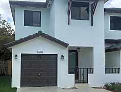 3670 - Townhouse front view.jpg