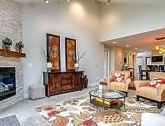 Living Room, 3311 W Lancaster Avenue, 0