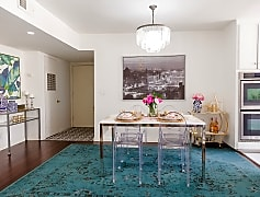 5429-Dining Room Entryway.jpg