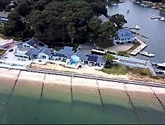501 Beach Ct APT, 0