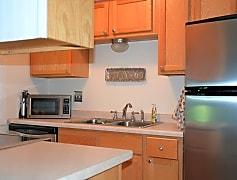Kitchen, 5580 Shorewood Ln, 0