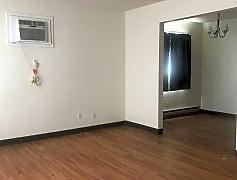 Living Room, 302 Cedar Ave, 0