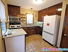 Kitchen, 2804 Pennsylvania Ave S, 0