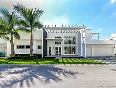 Building, 8256 NW 34th St, 0