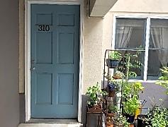 2629 Brown St, 0