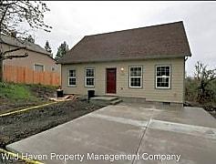 Building, 920 SE Washington St, 0