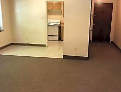 Living Room, 310 N Mercer St, 0