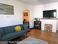 Living Room, 209 W 8th Ave, 0