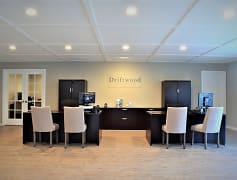 Driftwood Apartments, 0