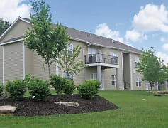 Building, Meadowbrook Apartments and Townhomes, 0