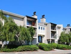Building, Crosswinds Apartments, 0