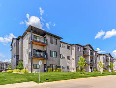 Building, Grayhawk Apartments, 0