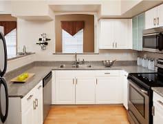 Kitchen, Brandywine Woods Apartments, 0