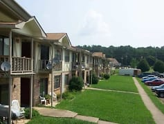 Building, Clay Chalkville Apartments, 0