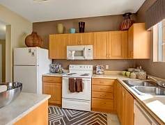 Lots of Counterspace and Storage in this Kitchen