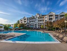 Pool, River Crossing At Keystone Apartments, 0