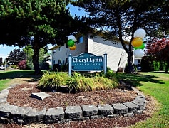 Cheryl Lynn Apartments Salem, Oregon Front Signage