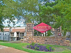 Community Signage, Annie's Townhomes, 0