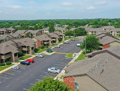 Stunning aerial view of Villa West Apartments & Townhomes in Topeka, KS!