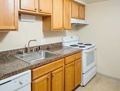 Kitchen, Yarmouth Pointe, 0