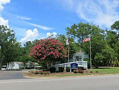 Welcome to Willow Run Apartments in Fayetteville, NC