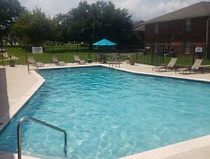 Southern Pines Apartments, 0