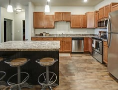 Kitchen, Lakewood Crossing Apartments, 0