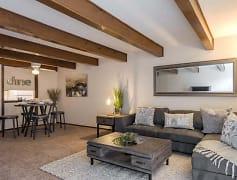 Estates On Main Living Room
