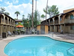 Multiple Summer Splash Pools