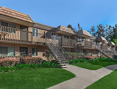 Building, The Bluffs At Carlsbad Apartments, 0