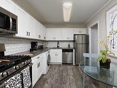 PLATINUM Premium Upgraded Kitchen