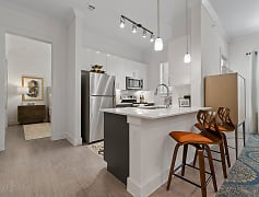 Kitchen, The Luxe at Mercer Crossing, 0