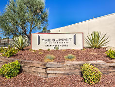 The Summit at La Crescenta
