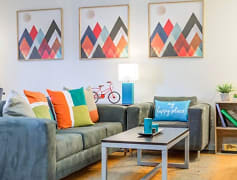 Living Room, The U, 0