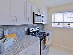 Kitchen, Mount Vernon Square Apartments, 0