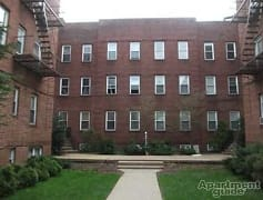 Building, 652-658 Salem Avenue, 0