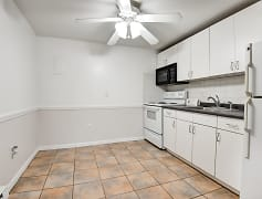 Kitchen, Sagamore Court, 0