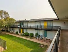 Building, Crestpark Apartments, 0