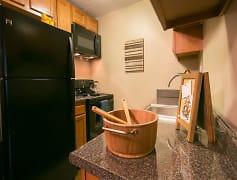 Kitchen, Solon Club Apartments, 0
