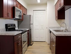 Newly renovated one bedroom kitchen